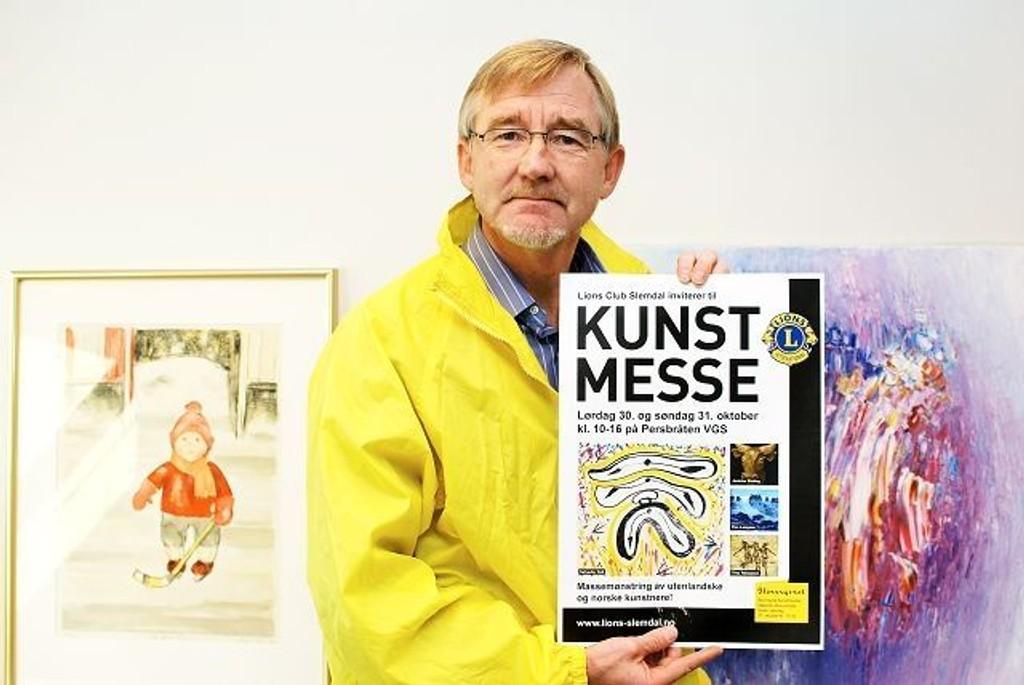 Leder av kunst-komiteen i Lions Slemdal, Jan Espen Thorvaldsen, ser frem til helgens kunstmesse.