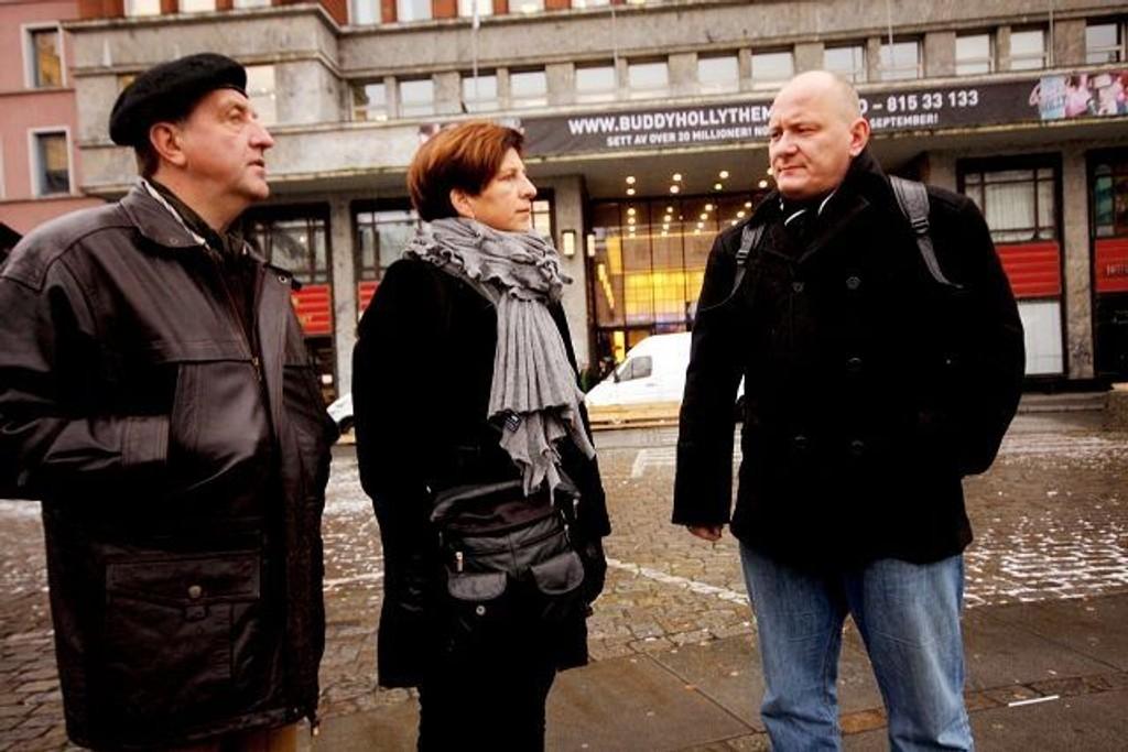 Roy Pedersen (LO), Eli Gunhild By (Sykepleierforbundet) og Roger Dehlin (Fagforbundet) går hardt ut mot byrådets forslag til Oslo-budsjett. Tirsdag inviterer de til demonstrasjon i Borggården.