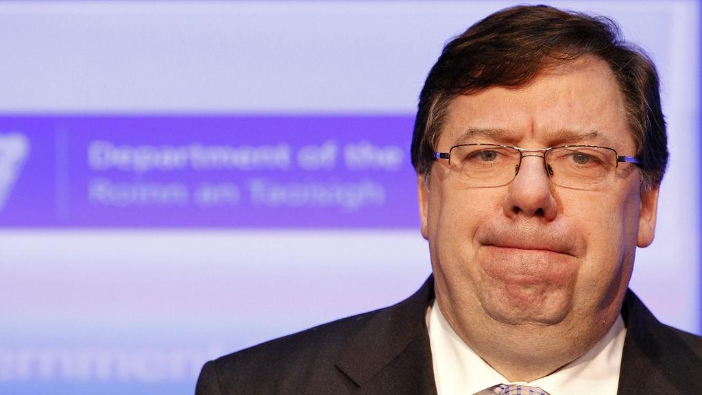 Blir den økonomiske støtten begynnelsen påslutten for Cowens politiske karriere?
