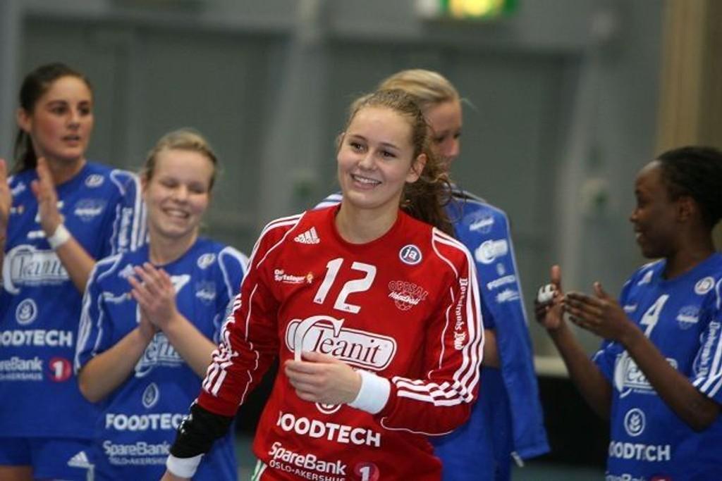 17-åringen Marie Sundfør Tømmerbakke ble fortjent kåret til banens beste spiller mot Utleira.