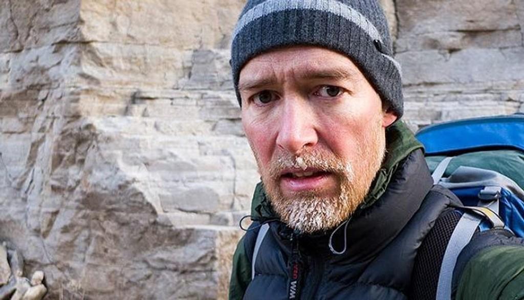 Her er Robert Løken på vintervandring på grensen til Indre Mongolia. Det var kaldt, og derfor gleder han seg nå til julefeiring i Syden.