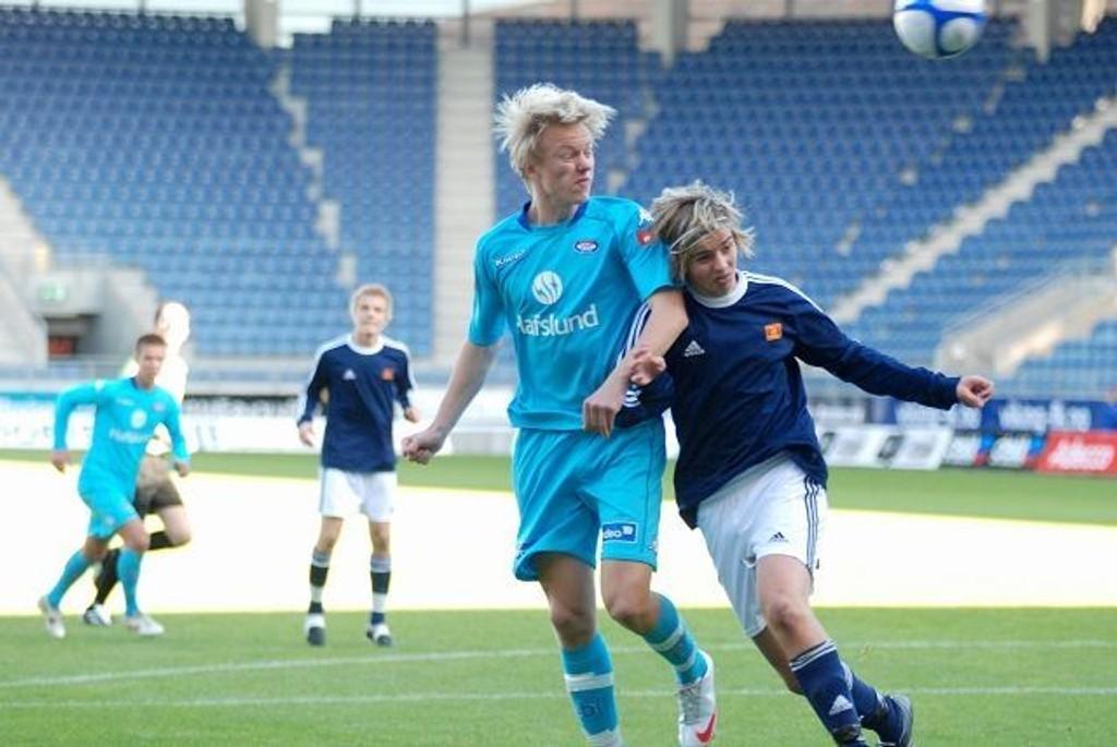 Vålerengas juniorer får tøff motstand i Vallhall om fire uker. Her er Håvard Nielsen i aksjon under fjorårets NM-finale på Viking stadion.