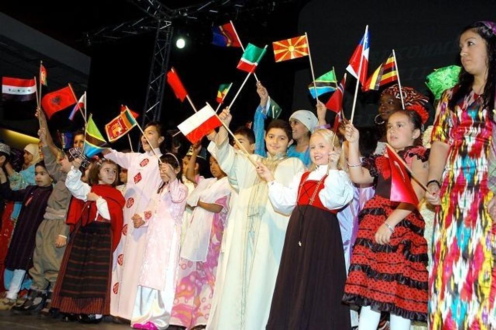 Grans-elever, her fra skolens jubileum i november 2008.