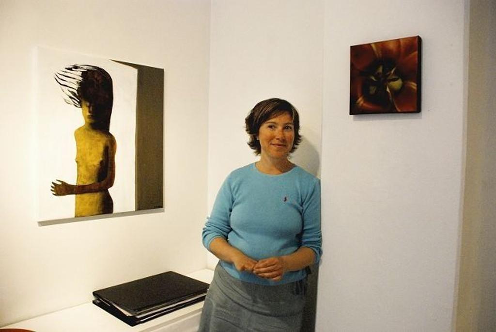 Elisabeth Ramfjord må finne tilbake til nærmere 4000 venner som har fulgt Galleriet i Shwensensgate på Facebook i nærmere 2 år.