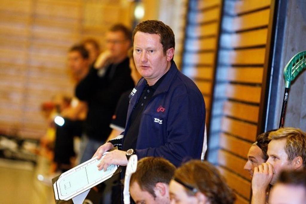 Bjørn-Erik Thorp (38) kan se tilbake på mange fine år IBK Tunet. Her ledet han laget til seier over Grei/Målløs i fjor høst.  Begge foto: Anders Halvorsen