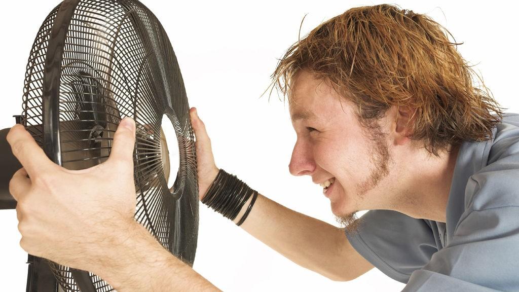 Hold deg avkjølt i varmen.