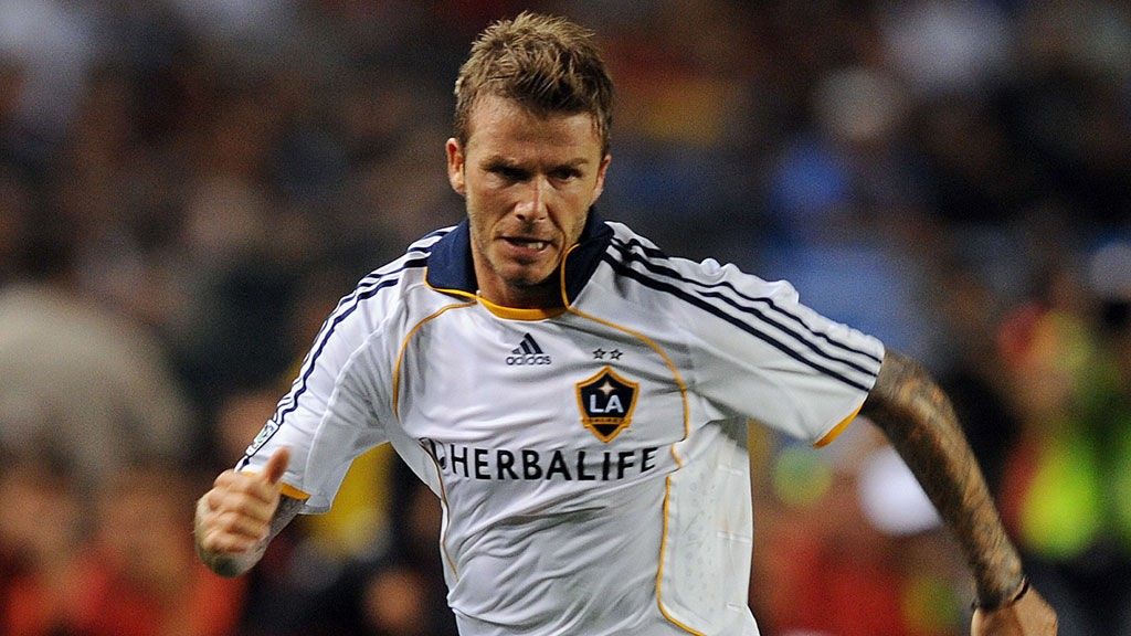 FÅR SKRYT: David Beckham gjorde seg godt likt på White Hart Lane.