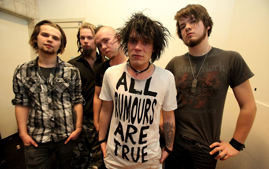 Sevenfield er klare for å gi Norge metalcore. F.v.: Anders Westengen, Andreas Gulbrandsen, Bjørn D. Ronnow, Robin Strand og Thor Gaarder.