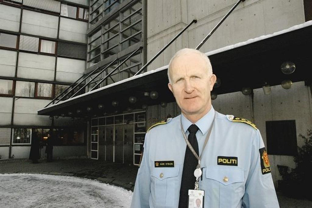 Stasjonssjef på Grønland politistasjon, Kåre Stølen, avviser at politiet mislykkes i sin strategi om å fjerne de åpne rusmiljøene.