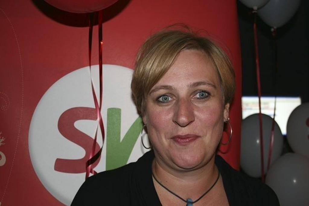 Hilde Larsen (SV) gir seg som BU-leder og har søkt permisjon frem til valgperiodens slutt. Hardt arbeidspress og et krevende verv ligger bak ønsket om å fratre.