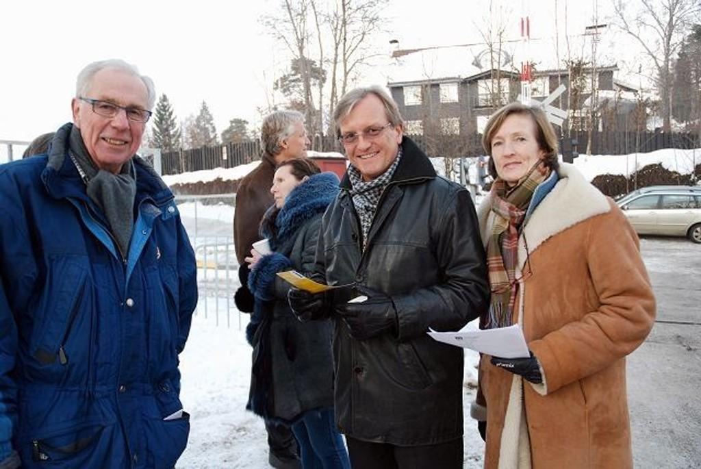 Alf G. Astrup, Per–Trygve Hoff og Tone Gulowsen fra Ris vel er lite imponert over Ruter.
