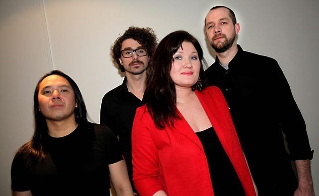 F.v. Ralf Lofstad (gitar), Aleksander Haugen (bass), Charlotte Jacobsen (vokal, gitar) og Kenneth Andersen (trommer) i Charlotte & The Co-Stars hylles av kritikerne.