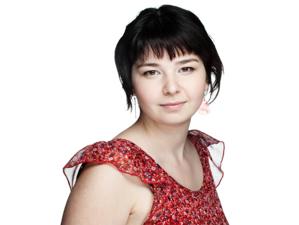 Boka «Ulovlig norsk» av Maria Amelie blir teaterstykke på Det Norske Teatret i mai.