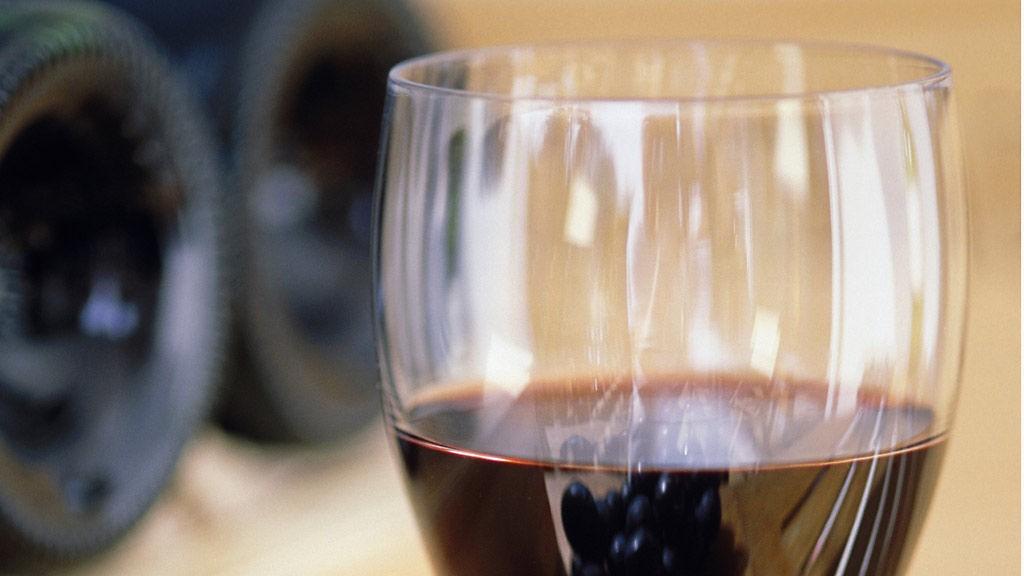 Rødvin er mer populært enn noen gang på Vinmonopolet.