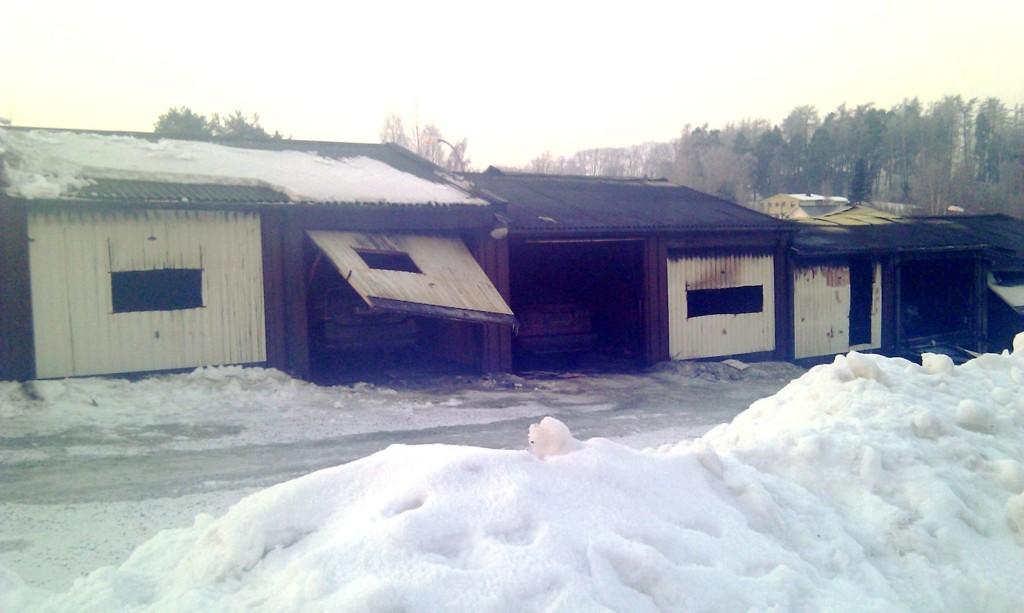 14 garasjer ble brannskadet på Tveita i natt.