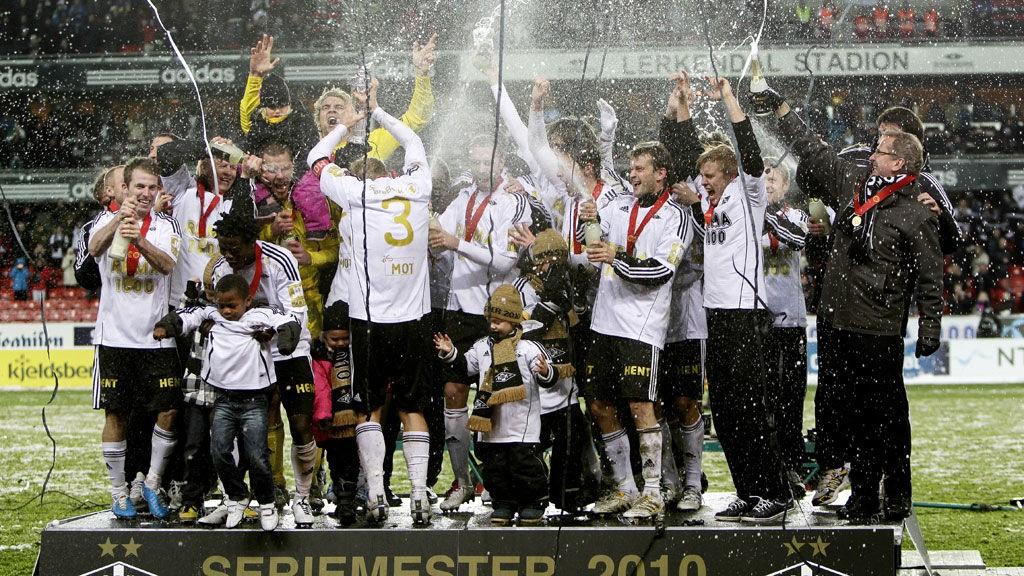 NYTT GULL?: Rosenborg vinner Tippeligaen 2011, hvert fall om man skal tro bookmakerne.