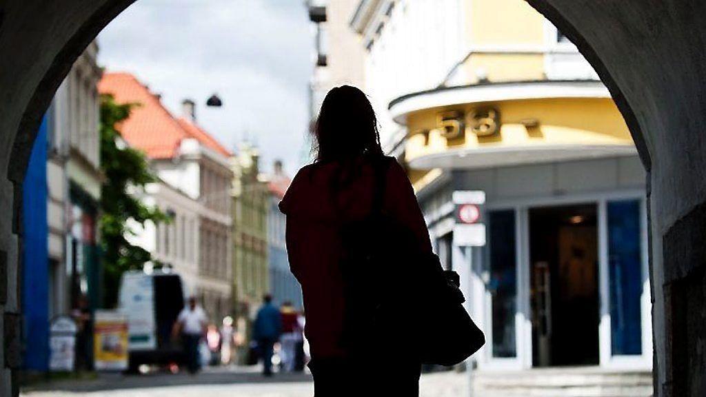 Bilder Av Nakne Kvinner Prostituerte Norge