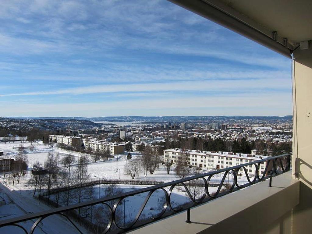 Det følger med ekstra god utsikt fra leiligheten på Tveita.