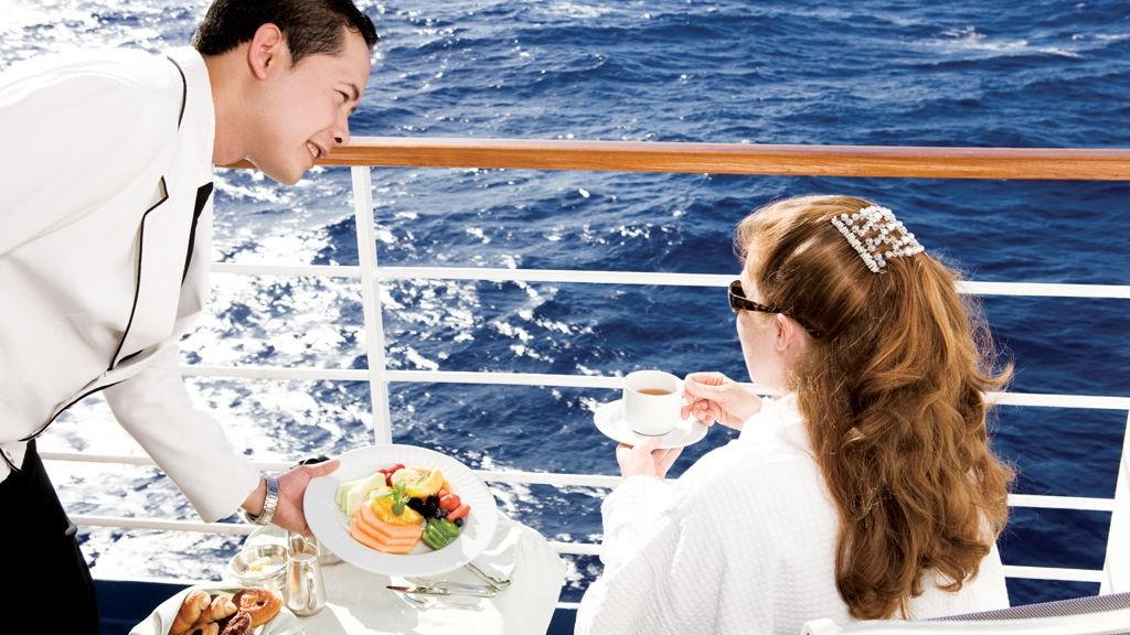På luksuscruise husker kelnerne deg og yter personlig service overalt uansett.