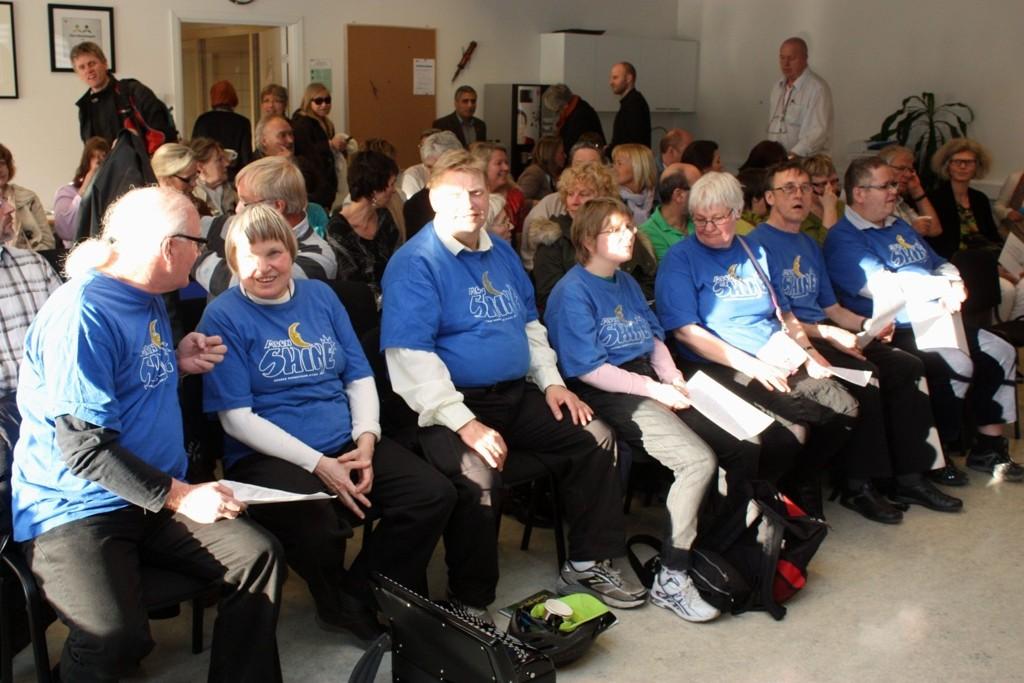 Det er lenge siden det har vært så stort oppmøte på BU-møte på Søndre Nordstrand som det var nå. Mange var spente på hvordan politikerne ville kutte. Og på første rad satt Moonshine som risikerte å miste sin musikalske leder.