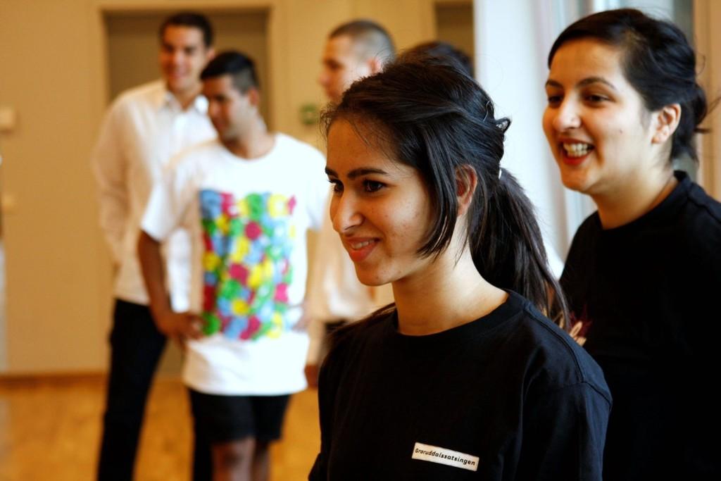 Priyantea Sarna og Shilpi Bhatnagar fra Damini House of Culture på Nasjonalballettens workshop.$PHOTOHEADER_ON$$PHOTOHEADER_OFF$