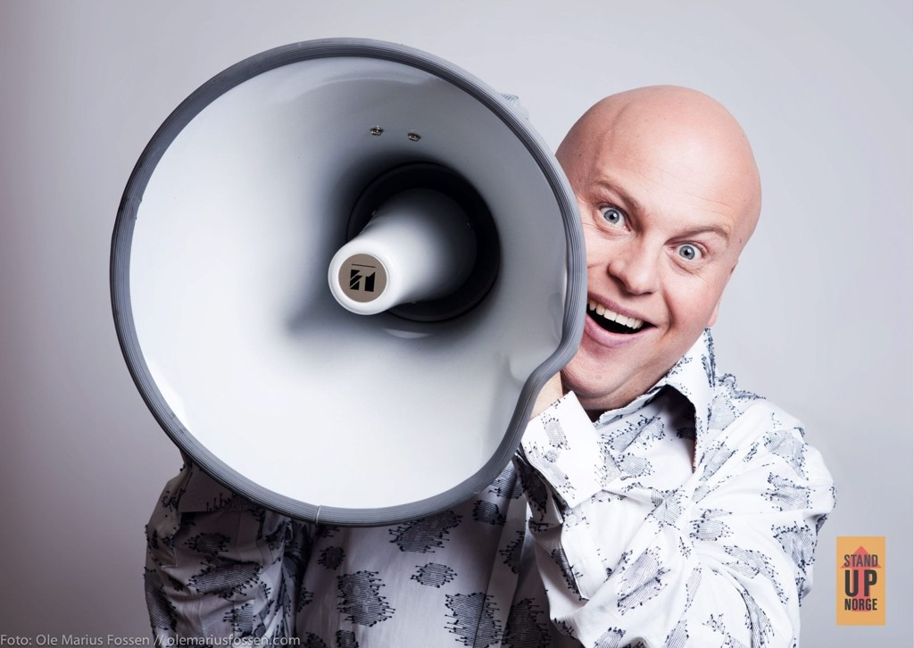 Jonas Rønning skal være konferansier under søndagens forestilling.