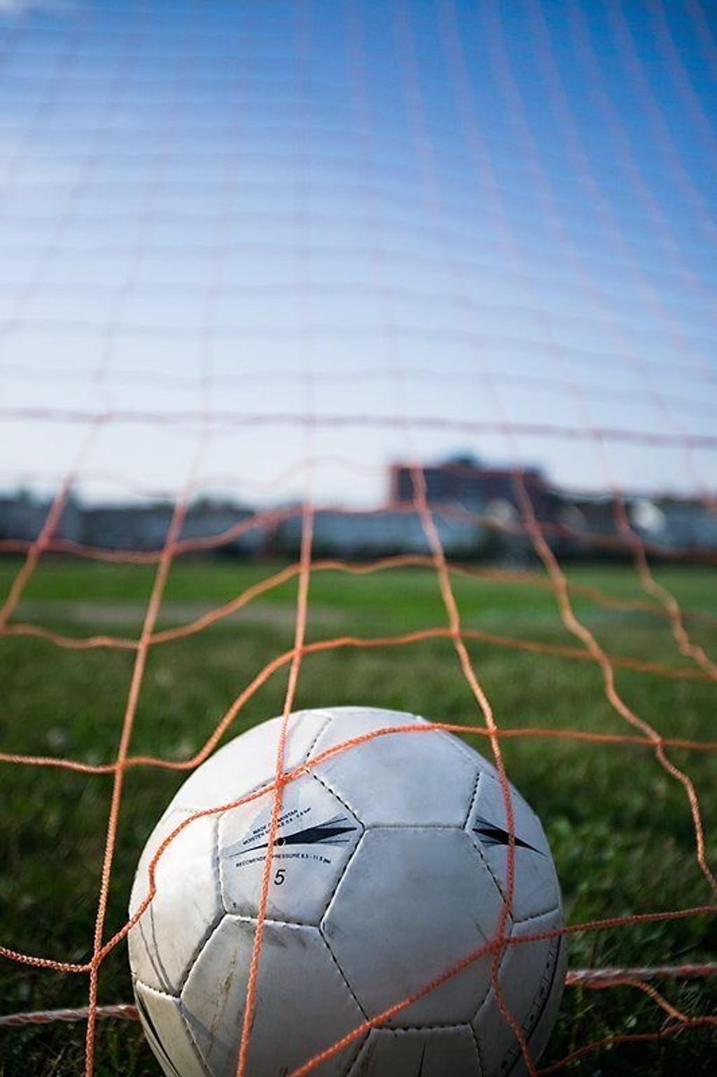 MANGEL PÅ LAG: Det mangler tilbud, det mangler frivillige, men det er flere årsaker, mener Kjepperud i Vestli Fotball.