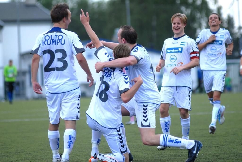 MÅÅÅL: Torstein Alvestad feirer sitt aller første mål for Nordstrand.