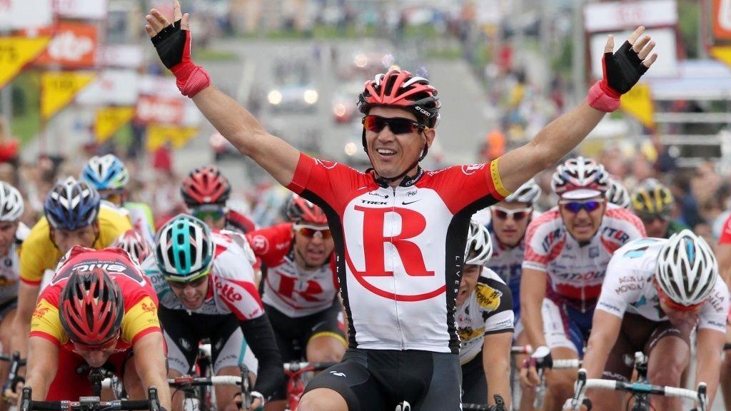 ÅRETS FØRSTE: Robbie McEwen tok sin første seier i 2011 da han spurtslo Alexander Kristoff på den fjerde etappen i Tour de Wallonie