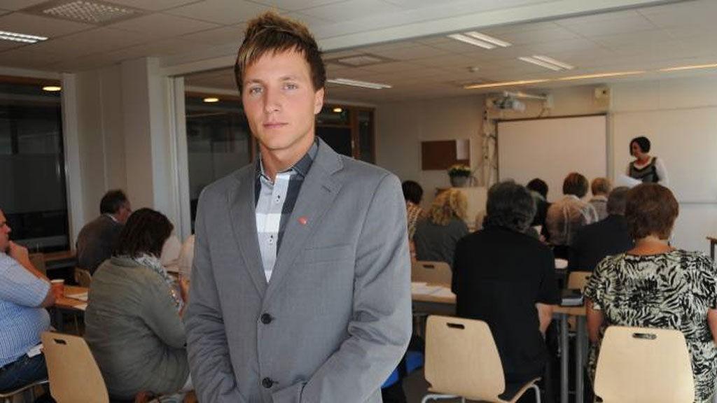 Adrian Pracon møtte grunnskolerektorene for en samtale på torsdag.