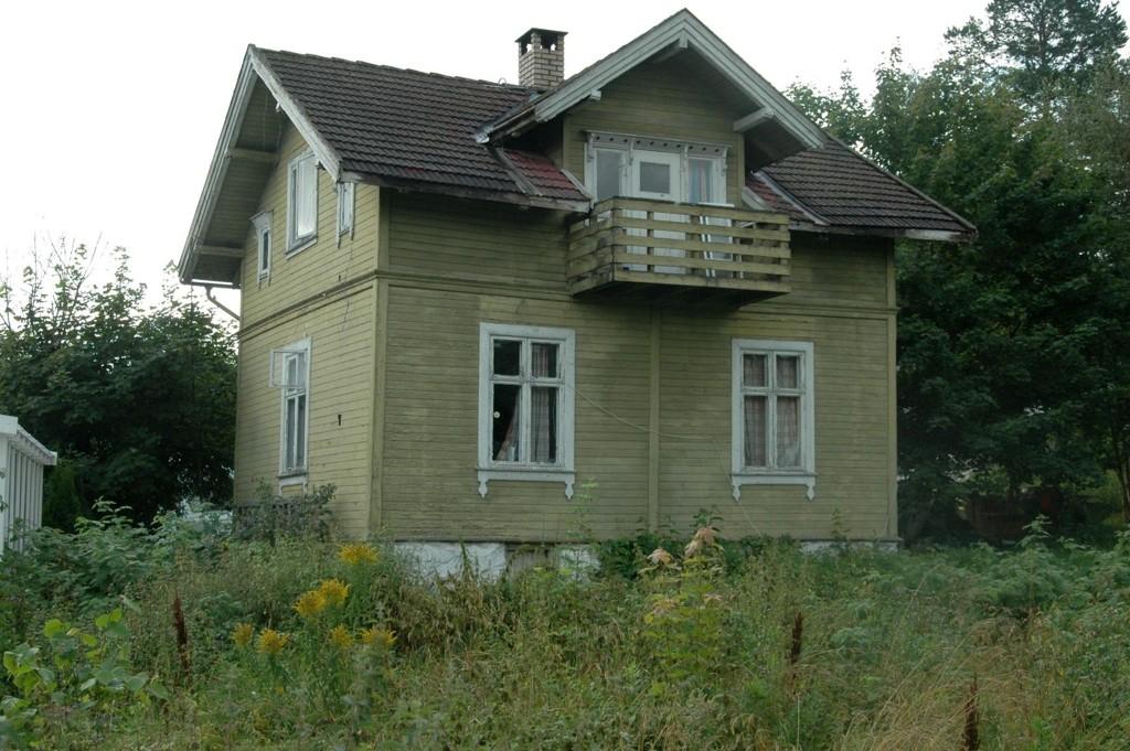 – BØR BEVARES: Byantikvaren ønsker dette huset i Fredheimveien 21 bevart for ettertiden. Det er tidstypisk for første generasjon bolighus på Høybråten.