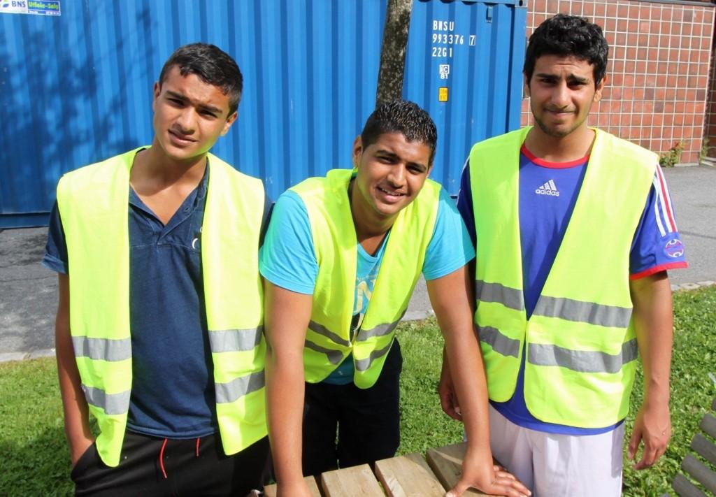 """HOLDNINGSKAPENDE: Burhan, Rahman og Abdulla prøver under mottoet """"Tre om dagen"""" å endre folks holdning til søppel."""