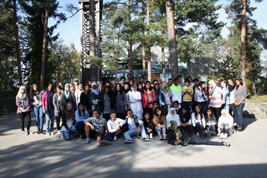 Ungdommelig pågangsmot: 60 unge fra skoler på Søndre Nordstrand har vært samlet til «Ungdommens bydelsmøte».