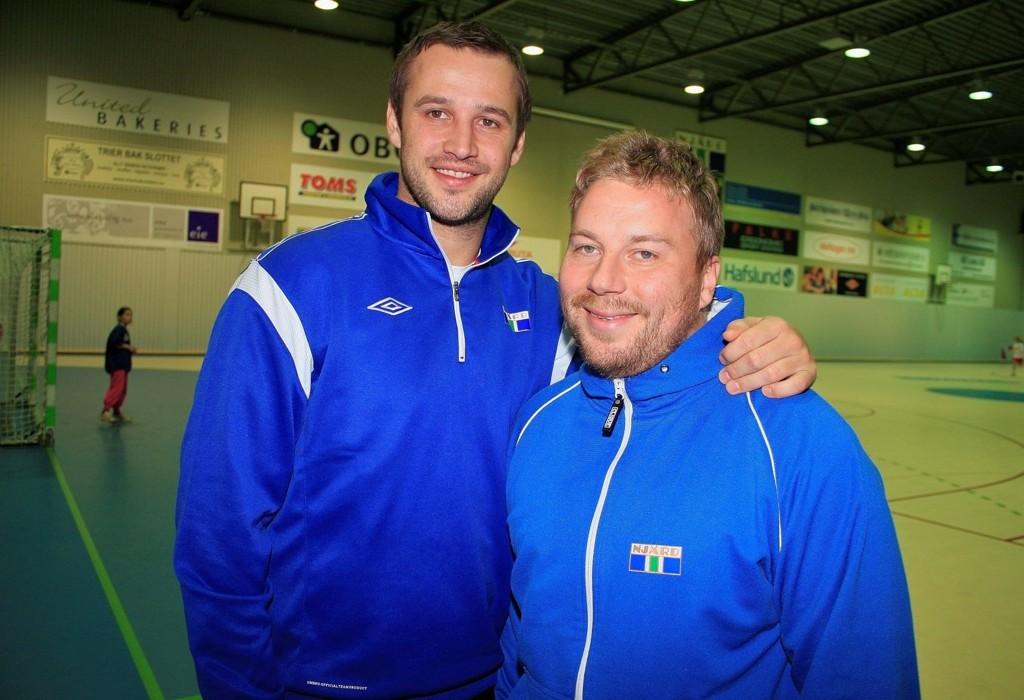 GODT SAMARBEID: Vestli-gutta Vidar Braathen (31) og Vegard Saua (31) trener Njård.