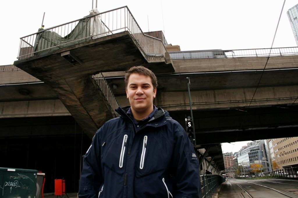 EN MANN FOR HØYDER: KLP Eiendom vil bygge et 100 meters bygg ved siden av Postgirobygget. Fredrik Andersen vil gjerne øke høyden med 50 meter.