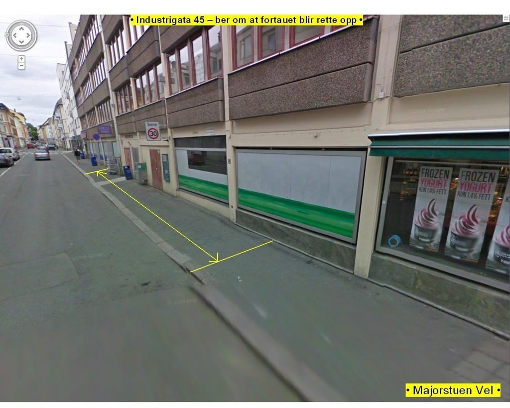 SKJEVE TIDER: I Industrigata 45 heller fortauet ned mot veien. – Her vil ikke de eldre gå, sier leder av Majorstuen Vel, Svein Danielsen.