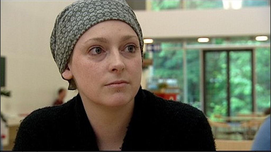 SATTE FOKUS PÅ BEHANDLINGSTID: Therese-Louise ble kjent da hun ble intervjuet av Dagsrevyen i sommer.