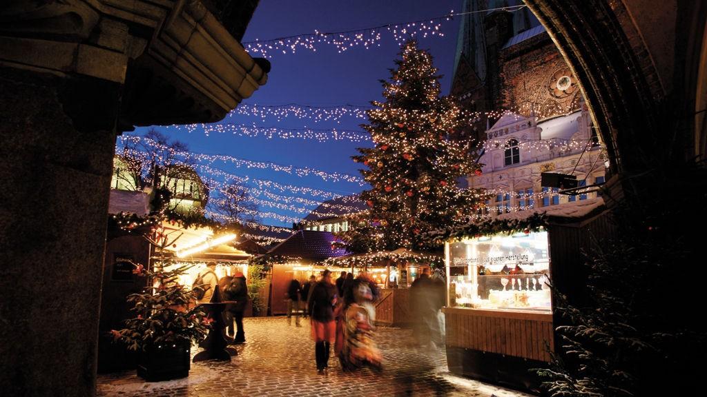 Det er stemningsfullt i hansabyen Lübeck rundt juletider.