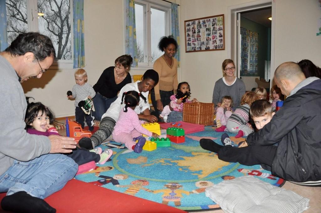 ALLE SAMLET: Her fra den åpne barnehagen Furuhuset.