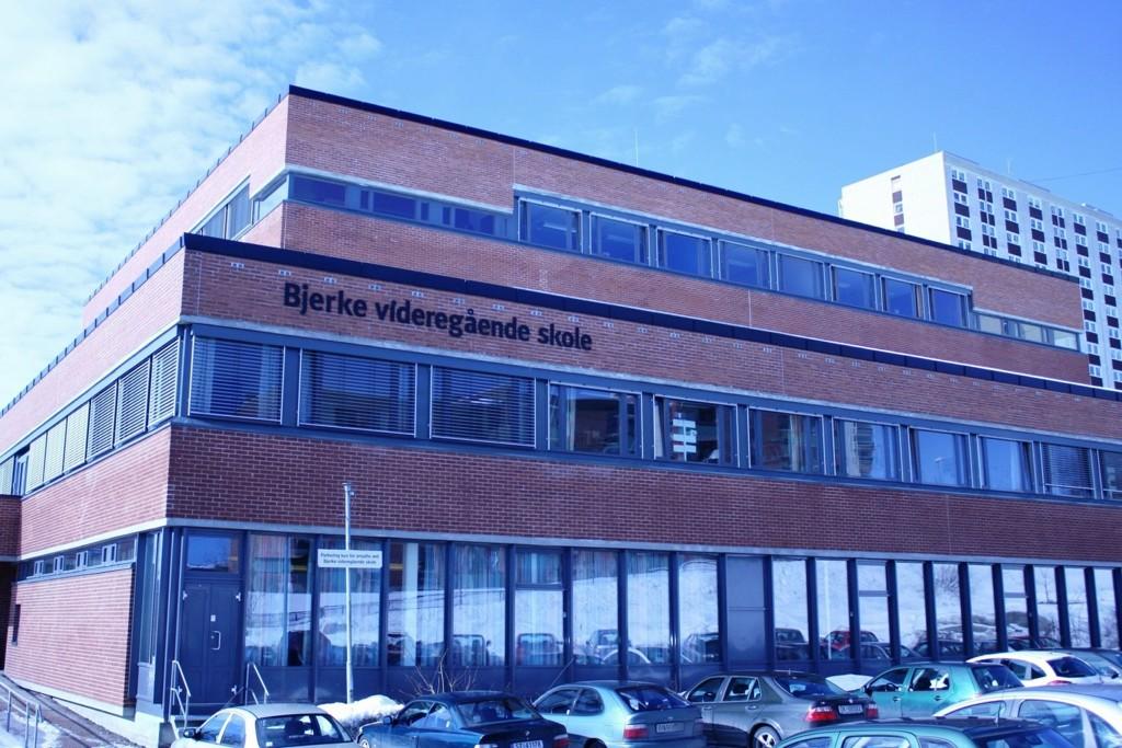BLIR UNIVERSITETSSKOLE: Bjerke videregående skole er en av skolene som er plukket ut til å bli universitetsskole.