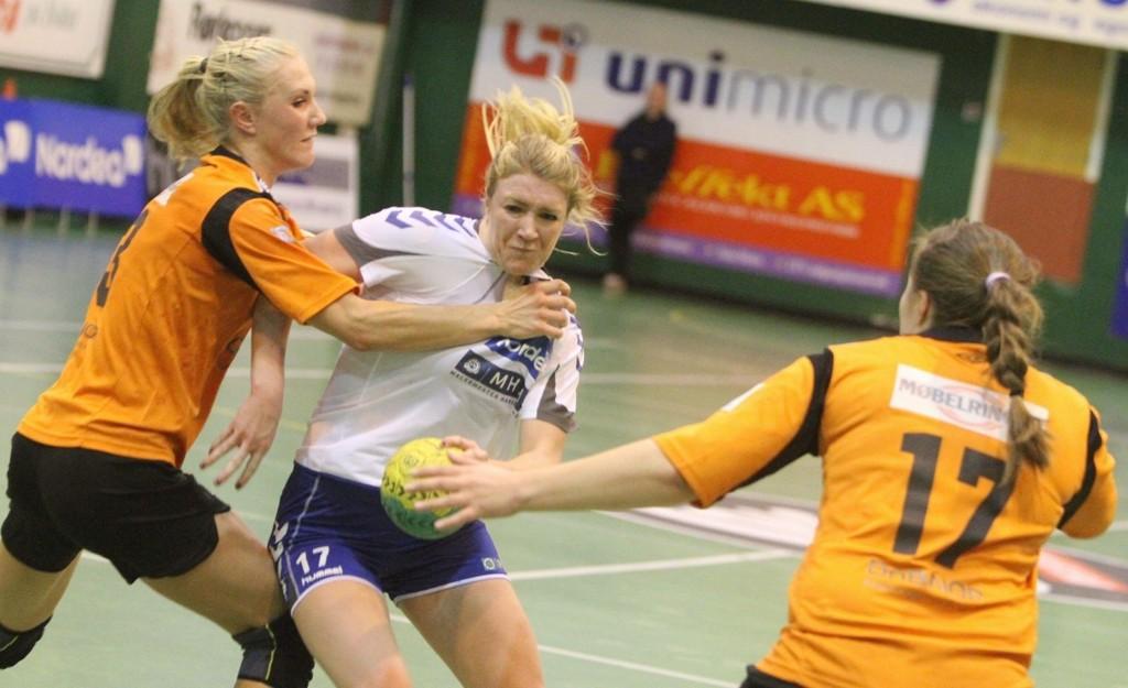 FIKK TRØBBEL: Linda Guttormsen & co. fikk overraskende mye trøbbel mot Utleira og Jenny Grøtan.