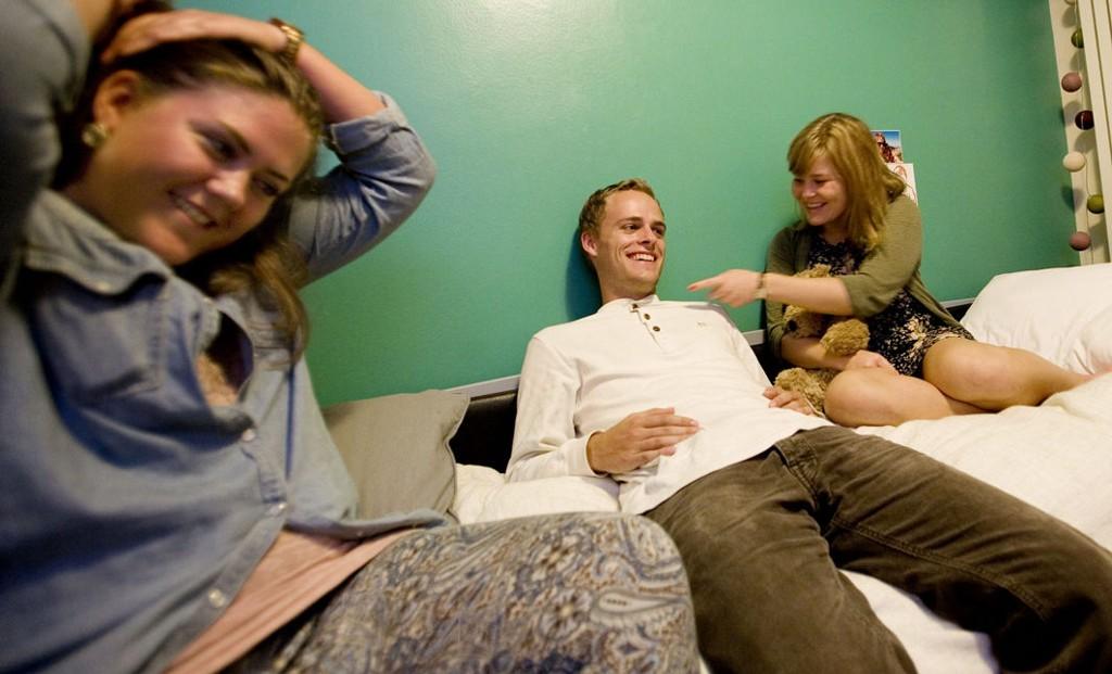Edle Marie Stang, Kristian Marø Henrichsen og Martine Wilhelmina Breivik er ferske utenlandsstudenter.