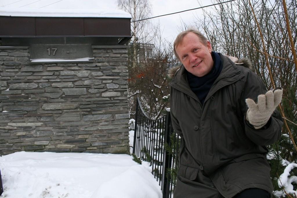 Bønn: Spesialkonsulent i Bydel Nordstrand, Jan Nordahl, lover at privatpersoner/foreninger som kan bidra til at gangstien fra Breidablikkveien til Nordstrandveien 17 blir ferdig, kan få benker, lyspunkter og avsatser med sitt navn på.