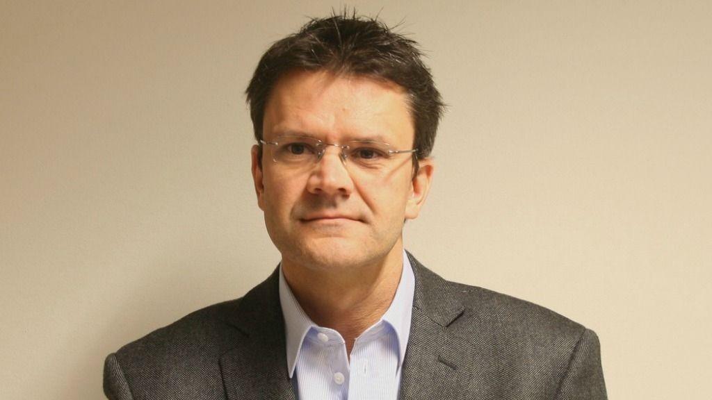 Christian Hoel (42) er ny salgsdirektør for Nortura Proff etter at Jørn-Gunnar Jacobsen i dag har sagt opp stillingen for å ta fatt på nye oppgaver.