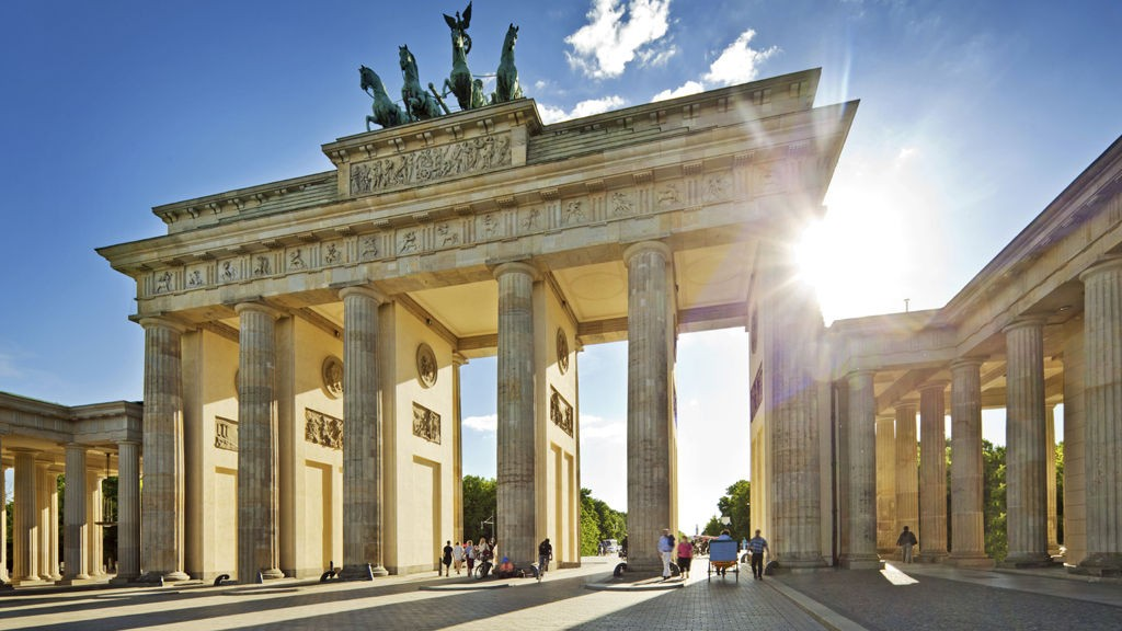 Berlin er en av byene vi i Reiser & ferie synes du burde ta en tur til nå.