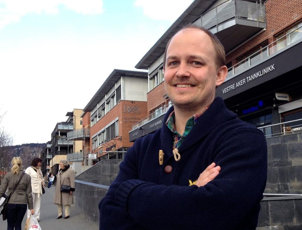 Spaltisk: Joachim Westher Andersen, Røa-mann og Røa-supporter, gjenopptar tradisjonen som «corner»-skribent. Nå med Røa-jentene som hovedtema.