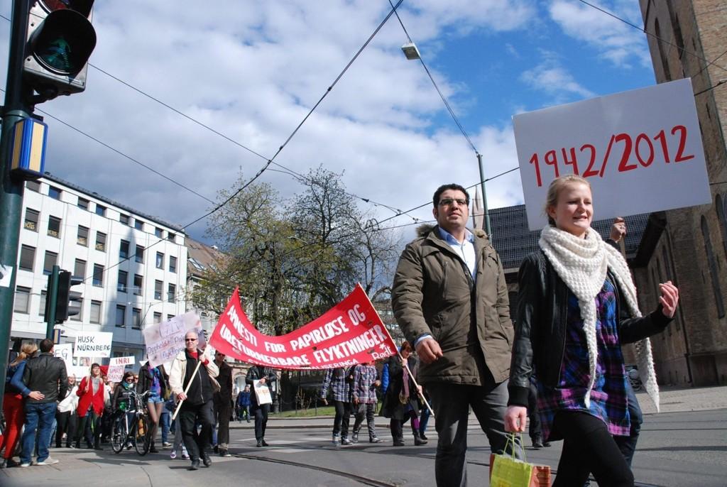 TOGET: Lørdag demonstrerte mange for arbeidet rettferdig behandling av palestinske flyktninger. fsgfsgdfgsdfg