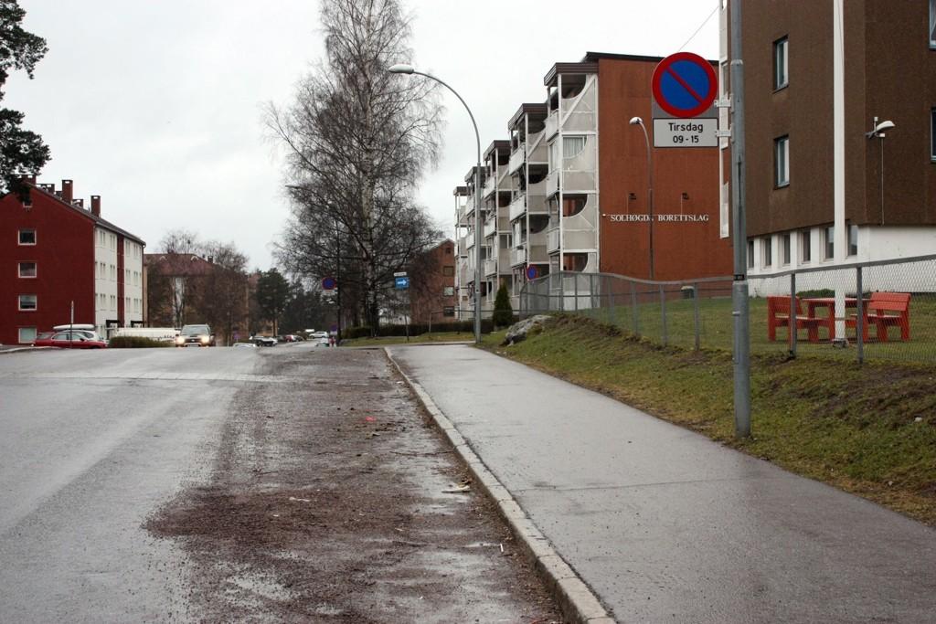 SKILT: Denne uken forsvinner skiltene i Oppsal-veier som varsler parkering forbudt knyttet til vintervedlikehold.