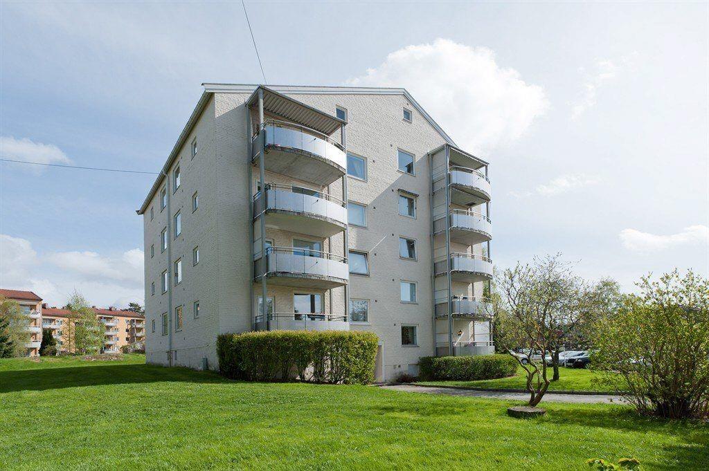 MELLOMBØLGEN: – Prisen på de to to-roms leilighetene i Mellombølgen, kan sammenlignes med sentrumspriser, noe som er uvanlig i dette området , sier Eiendomsmegler i Ihus Eiendom Bekkelaget/Lambertseter, Thor-Runar Johansen.