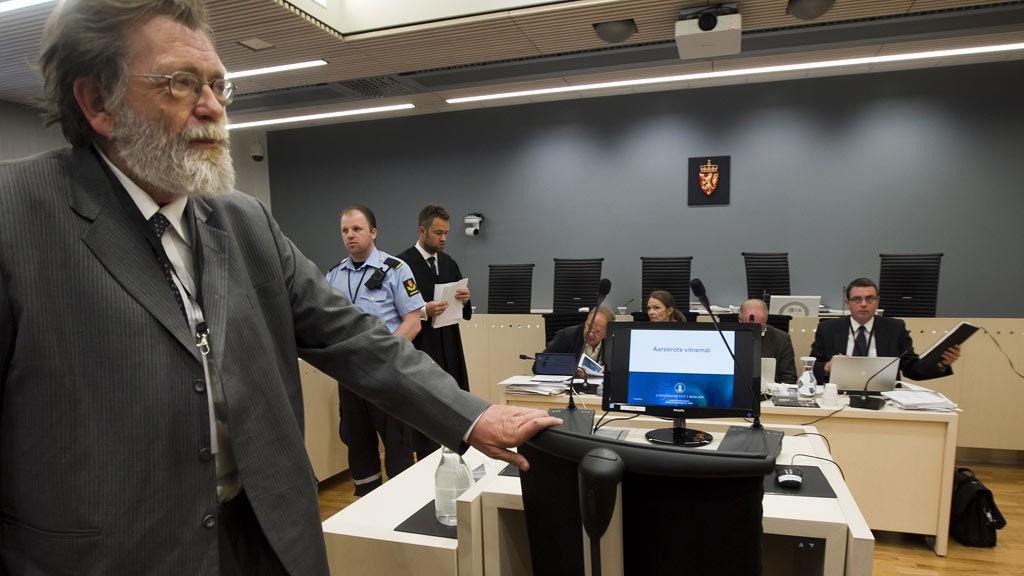 Terrorrettssaken mot Anders Behring Breivik i Oslo tingrett 2012. Professor Frank Aarebrot forklarte seg i rettsal 250 fredag i syvende uke i rettssaken der Anders Behring Breivik står tiltalt for terrorangrepet i Oslo og på Utøya 22. juli 2011.